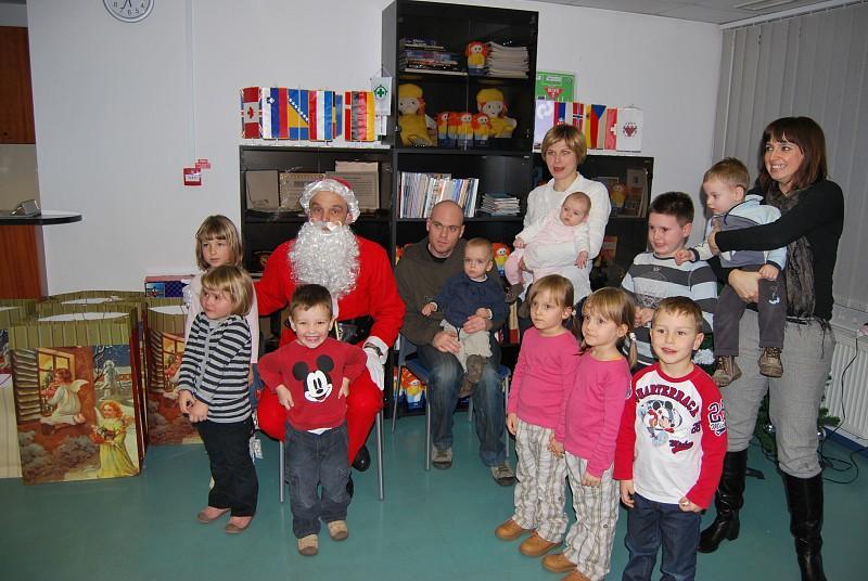 Santa Claus Visits ITF
