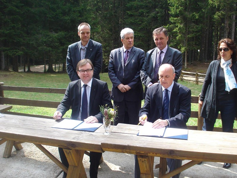MOU signed with Ministry of Urban Planning and Environmental Protection – Canton Sarajevo