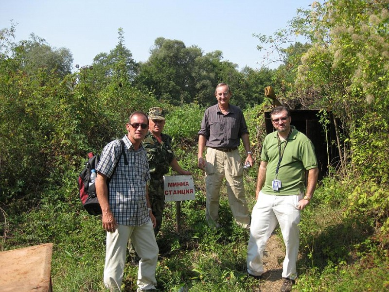 U.S. Department of State representative visits the Chelopechene site
