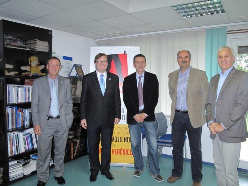 CROMAC director visits ITF HQ
