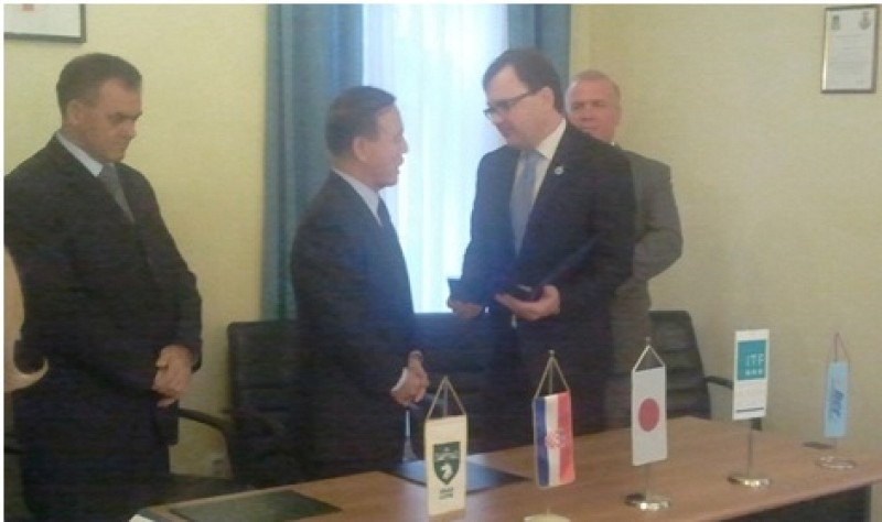 Demining certificate handed over to Japanese Ambassador to Croatia