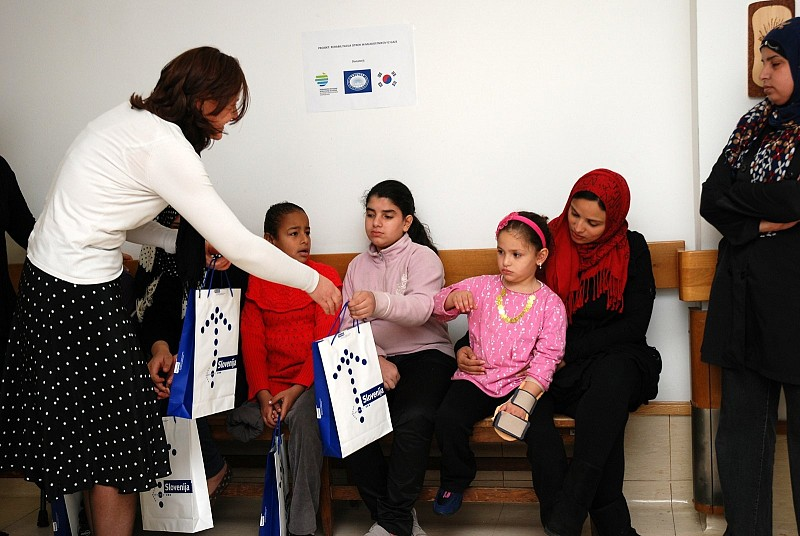Representatives from MFA RS visited children/young adults from Gaza