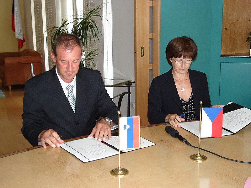 ITF MoU No.12 signed with Czech Republic