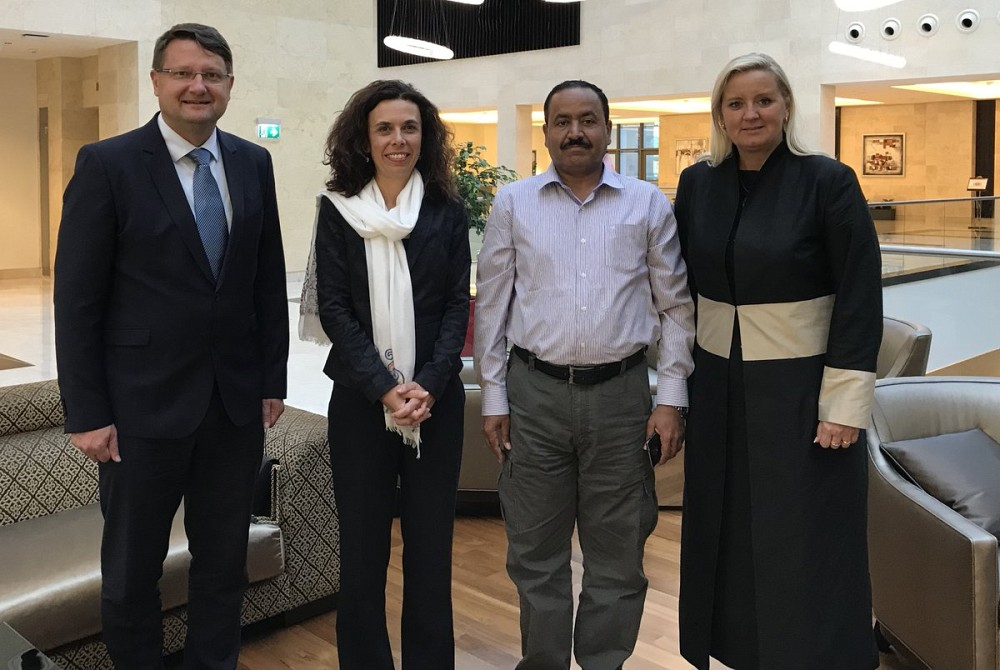 ITF Director Ambassador Lovrenčič and Ambassador Miškova with Mr Amin Al-Aquilli, Director General of Mine Action Center of Yemen.