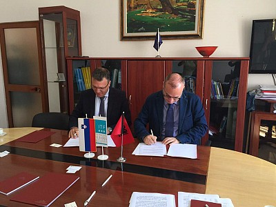 Mr Igli Hasani, General Director at the Albanian MoD, and Ambassador Damjan Bergant, ITF Director, signed a memorandum of understanding on conventional weapons destruction.